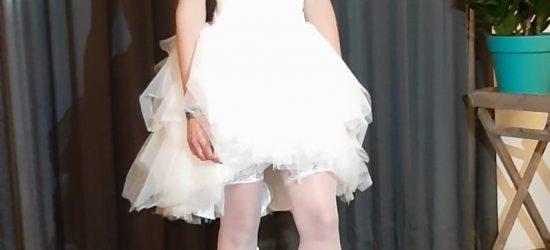 trouwjurk omgebouwd naar thema feest jurk 1